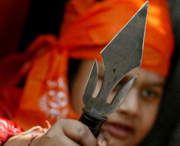 Радикальный индуист превратил жизнь соседа-мусульманина в кошмар