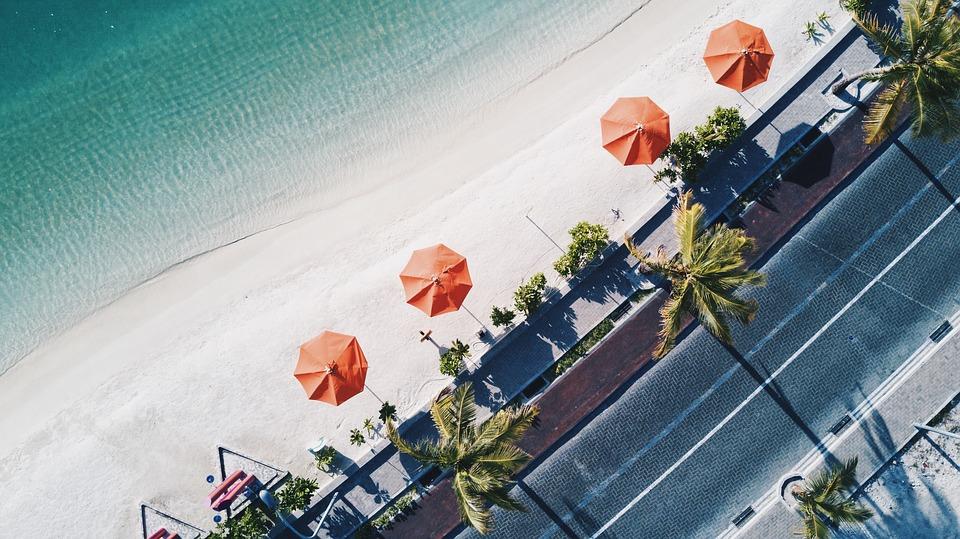 Каким может быть пляжный отдых весной?