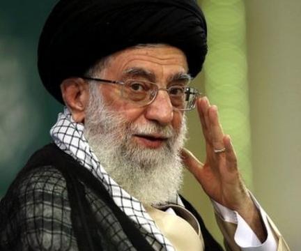Аятолла Хаменеи отметил годовщину #MeToo обращением к женщинам Запада