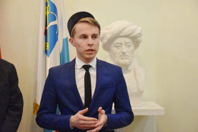 Питерский имам, заручившись благословением, отправился на учебу в Папский университет святого Фомы