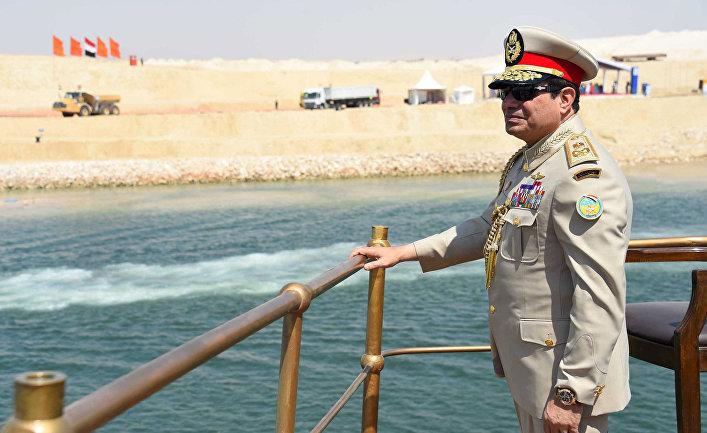 Президент Египта Абдель Фаттах ас-Сиси на церемонии открытия дублера Суэцкого канала