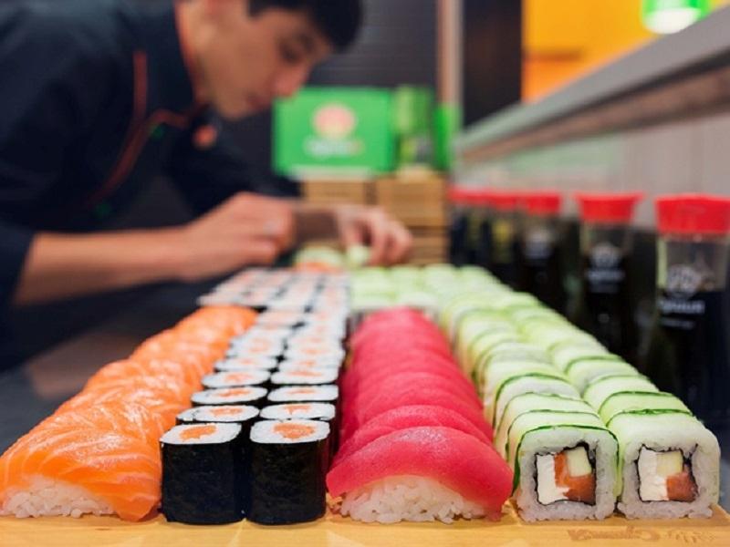 Суши в Японии стали халяльными