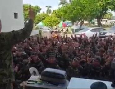 Воинское подразделение на Филиппинах приняло ислам (ВИДЕО)