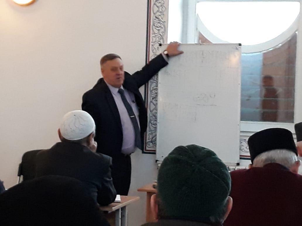 В Екатеринбурге прошла традиционная «Школа имамов Свердловской области»0013