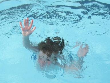 9-летний Мухаммад утонул в школьном бассейне в Чувашии