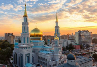 """В ДУМ РФ призвали посетить Соборную мечеть для молитвы у """"волоса Пророка"""""""