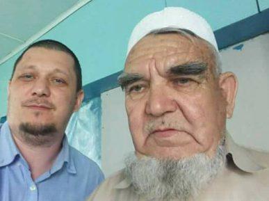 Блогер: у 80-летнего имама, который не поладил с муфтием, изъяли землю и молельный дом