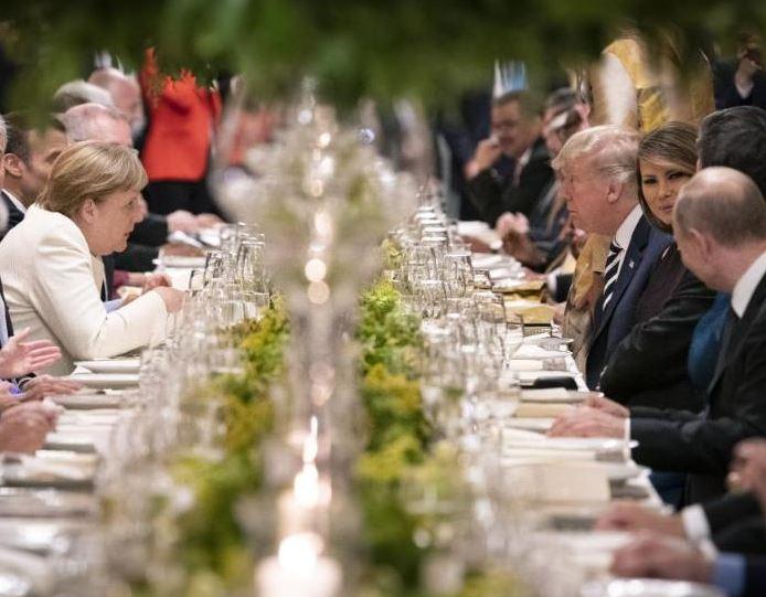 За обедом на саммите в Аргентине