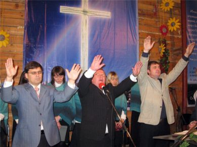 В Киргизии позаботились о баптистах и католиках