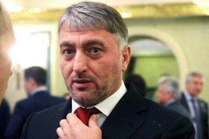 Делимханов посетил колонию, где массово подрались чеченцы и ингуши