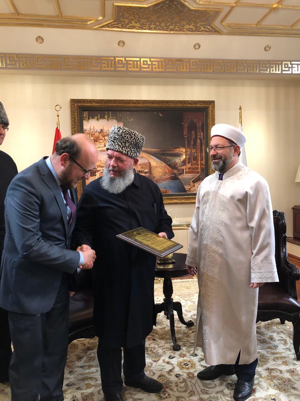 Муфтий Рахимов на встрече в главой Дияната