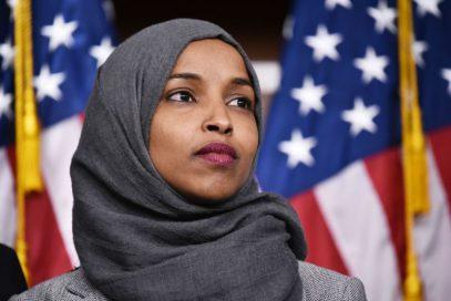 Зачем Саудовской Аравии травля первой конгрессвумен в хиджабе?