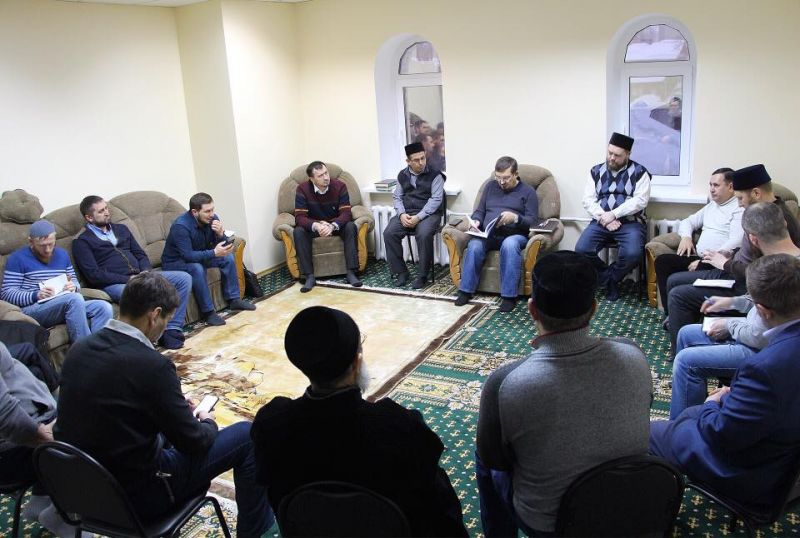 Заседание в Исламском комплексе Саратова. Ансар.ру