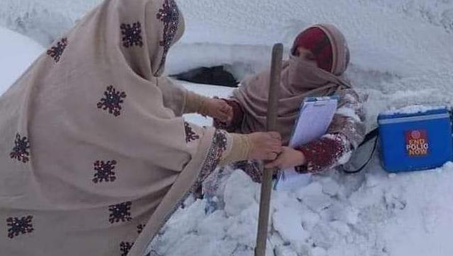 Пакистанские медработники не жалеют собственного здоровья ради благой цели