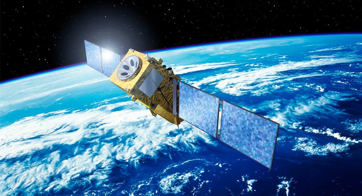 Российский спутник-ретранслятор