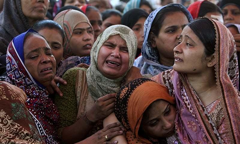 Скорбящие жительницы Пакистана