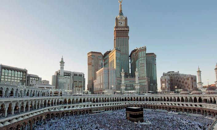 Башня часов у Заповедной мечети
