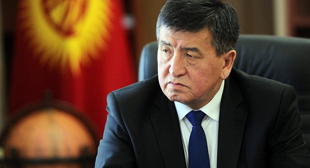 Президент Киргизии возложил на силовиков ответственность за побоище на границе