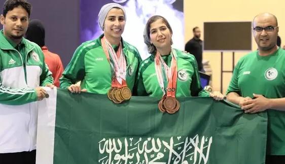 Саудовские тяжелоатлетки