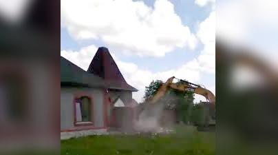 Видео сноса молельного дома