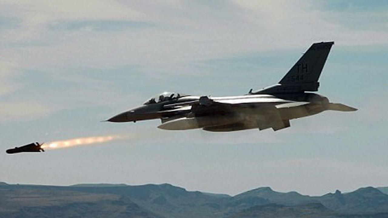 Самолет ВВС Израиля во время атаки