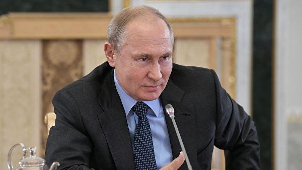 Путин: Библию пусть прочитают, это в любом случае пойдет на пользу, Тору прочитают пускай, Коран