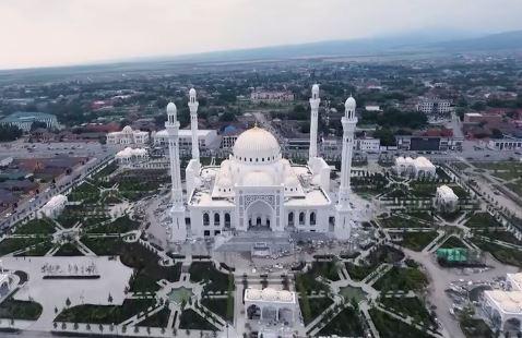 Новая мечеть вместит 20 тысяч человек