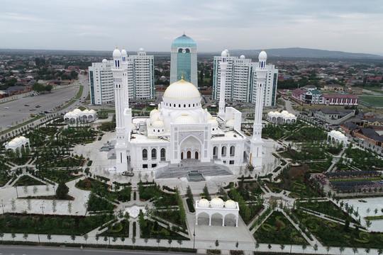 Крупнейшая мечеть Европы в Шали