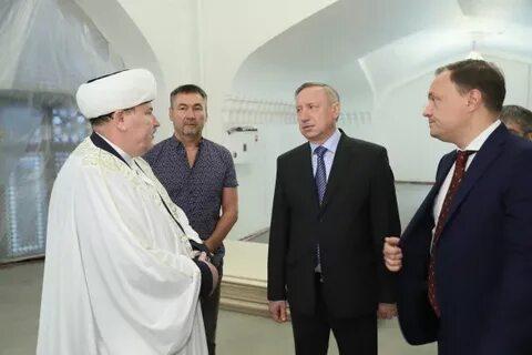 Беглов с муфтием Панчаевым в Соборной мечети Санкт-Петербурга