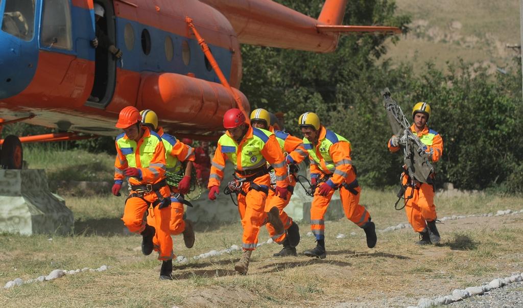 Таджикские спасатели