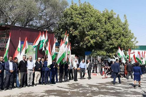 Церемония открытия моста. Фото: Asiaplustj.info