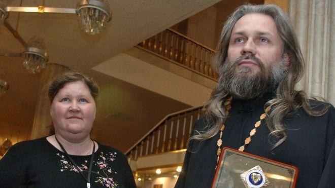 Николай Стремский с женой Галиной. Фото: ALEXANDER SAVERKIN/TASS