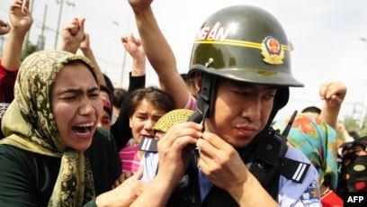 Акция протеста в Синьцзяне