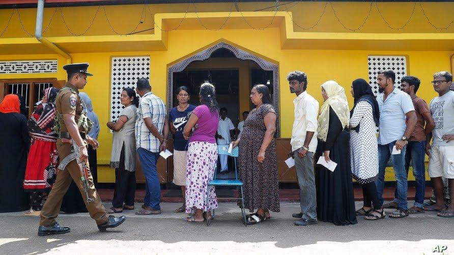Кадр с выборов на Шри-Ланке