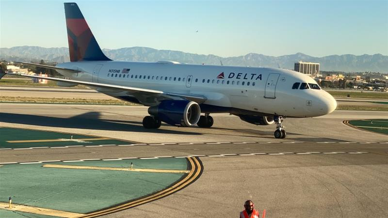 самолет авиакомпании Delta