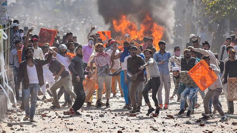 Столкновения в Нью-Дели