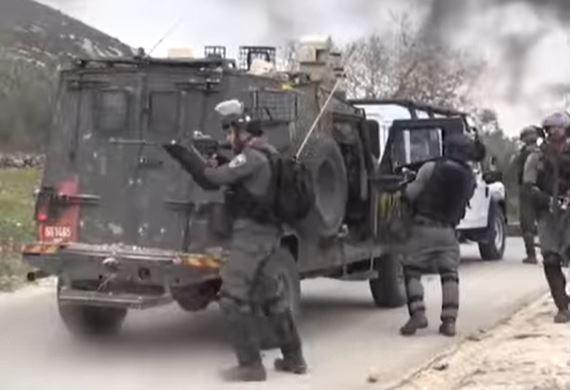 Силовики ведут огонь по палестинцам