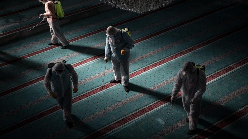 Санобработка в мечети