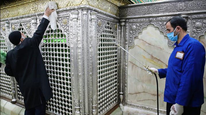 Санитарная обработка мечети