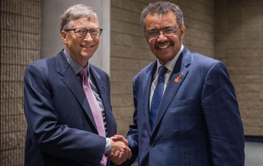 Б.Гейтс и Т.Гибресиус на полях ежегодной конвенции Rotary International. Фото: страничка главы ВОЗ в Facebook