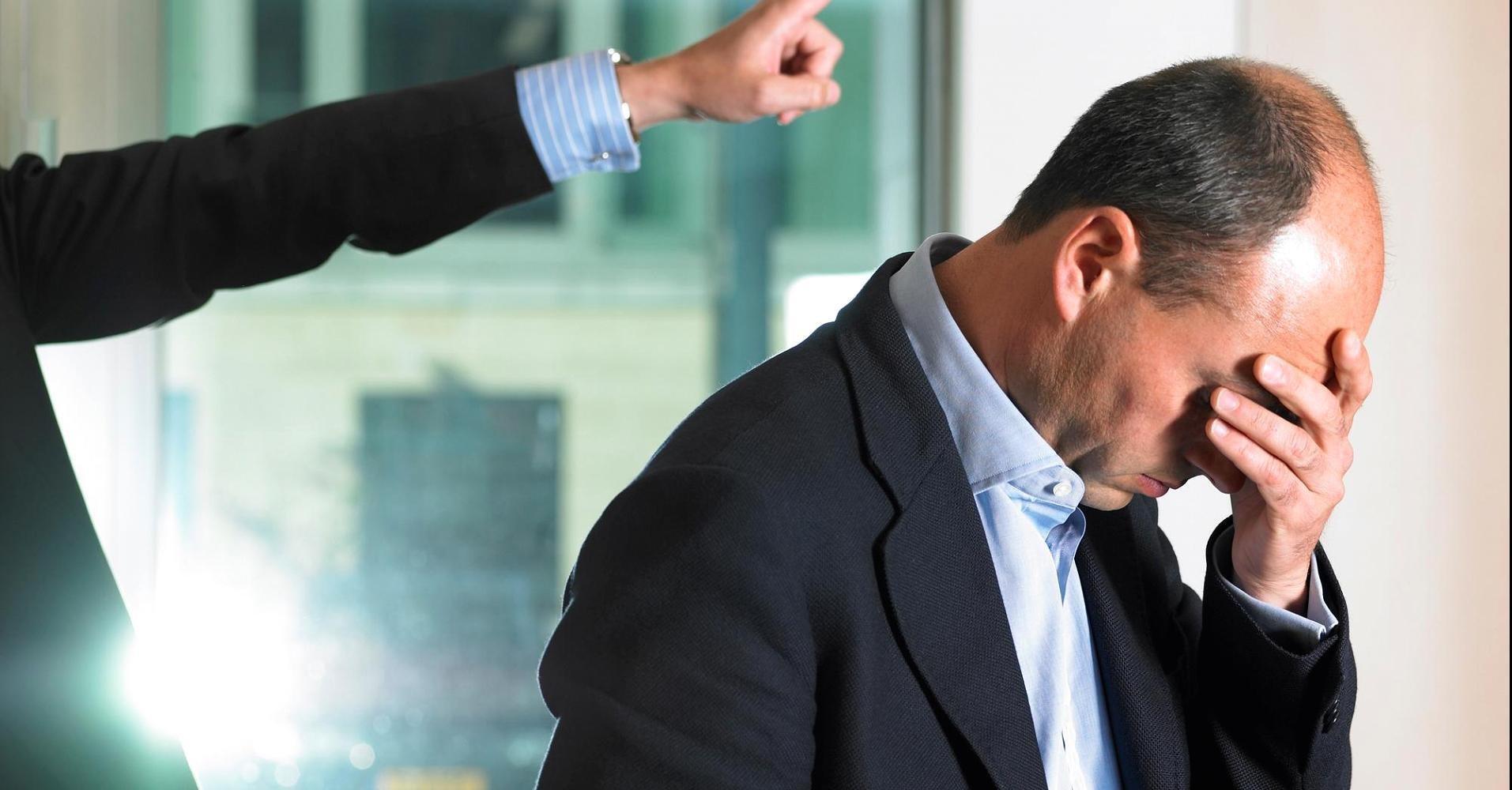 Равнодушный к проблемам коллег главврач лишился работы