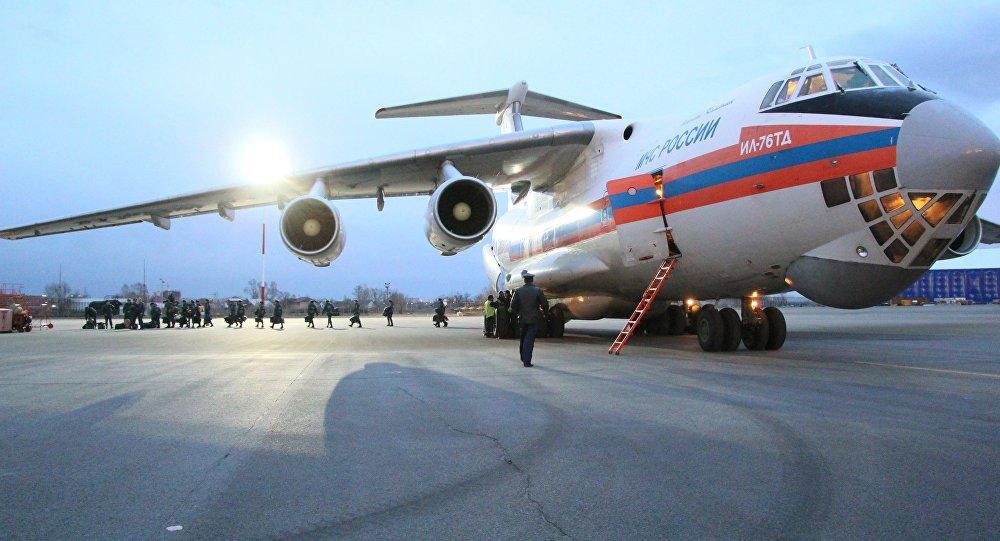 Самолет МЧС РФ