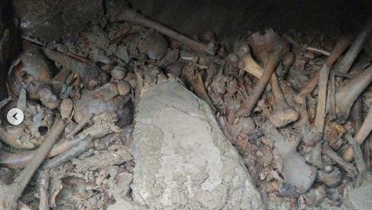 Комнаты были буквально завалены человеческими останками