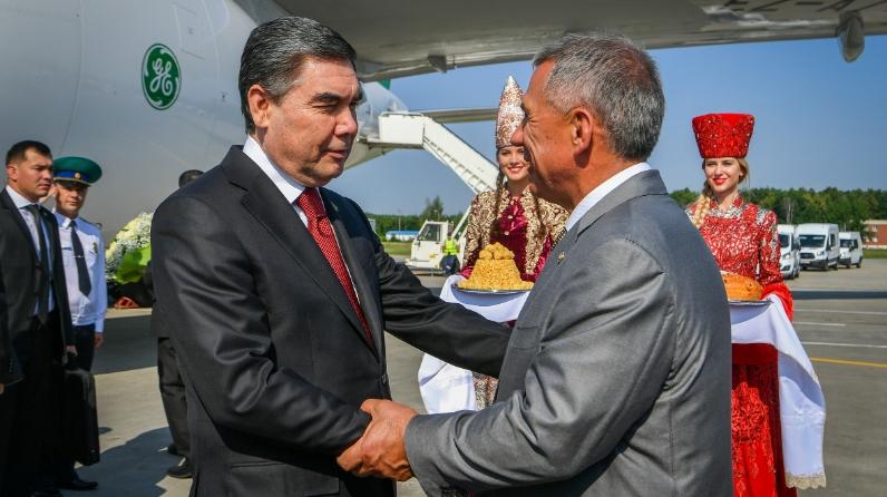 Гурбангулы Бердымухамедов и Рустам Минниханов (Фото: пресс-служба президента РТ)
