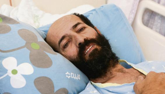 Махер аль-Ахрас на больничной койке