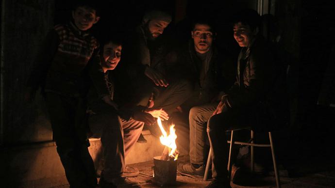 Жители Сирии в условиях отсутствия электроэнергии