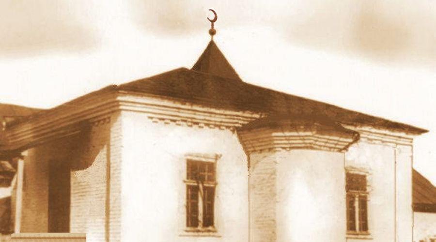 Здание первой мечети Майкопа