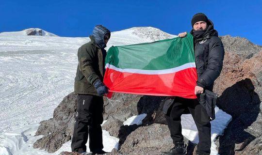 Самигуллин (справа). Фото Татар-информ