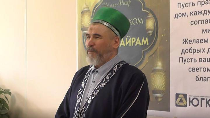 Раис Султанов