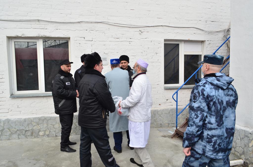Мусульманские деятели посетили колонию №10